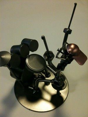 le batteur et sa batterie figurine en métal et boulons de hinz et kunst cadeaux d'annivairesaire retraite