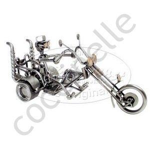 maquette moto trike. Black Bedroom Furniture Sets. Home Design Ideas